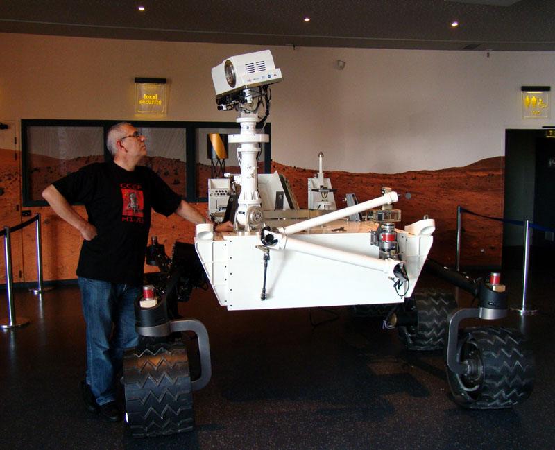 Curiosity / MSL (Mars Science Laboratory) - Page 14 Smallc10