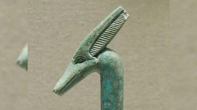 Emery Smith (12) La programmation d'hybrides humains-extraterrestres Statue12