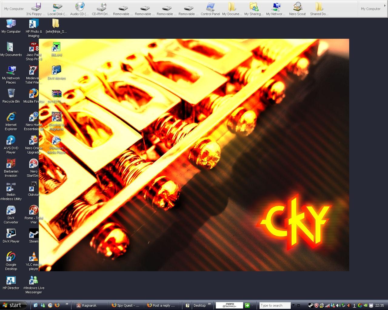 Show Off Your Desktop Deskto10