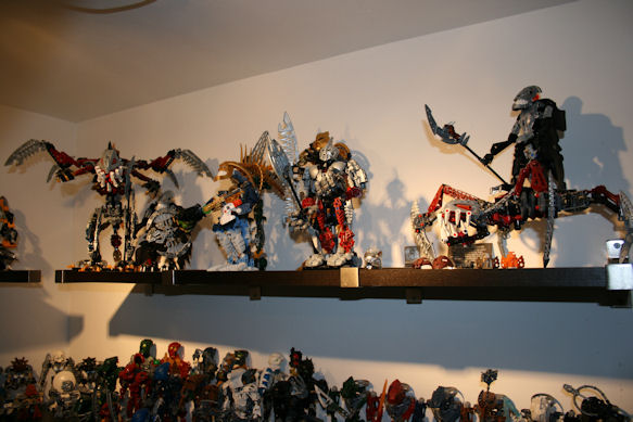[BIONICLE] Si vous aviez tous les Bionicle, vous seriez... - Page 3 Img_4232
