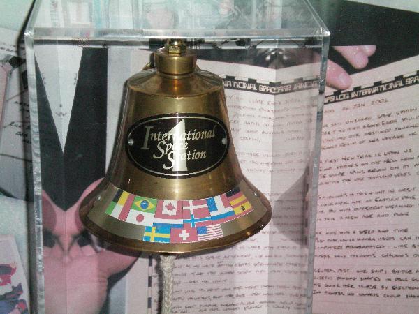 Recherche images de la cloche dans d'ISS 3dca5610