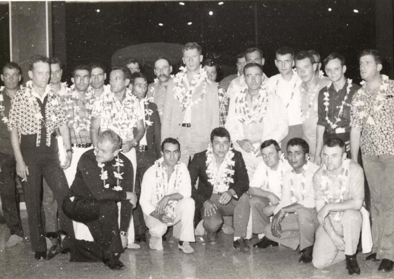 [Campagnes] Souvenirs de mon arrivée au camp d'Arué à Tahiti - Page 2 File0010