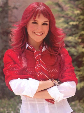 Dulce Maria Happy_10