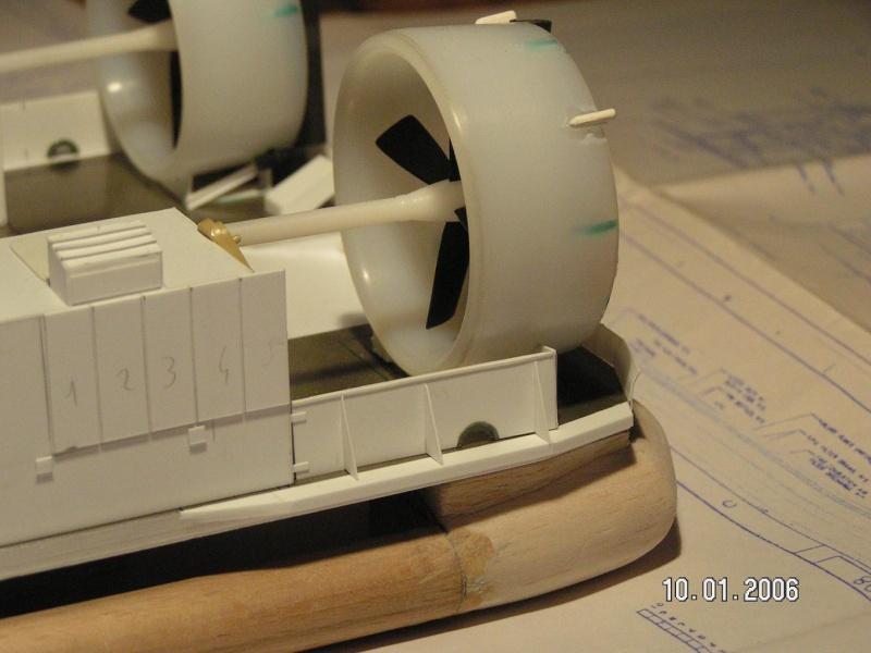 LCAC 1/72eme scratch + LHD WASP 1/72eme scratchbuild Lcac_m11