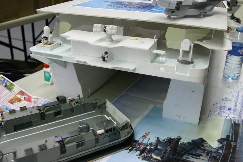 LCAC 1/72eme scratch + LHD WASP 1/72eme scratchbuild Lcaclh10