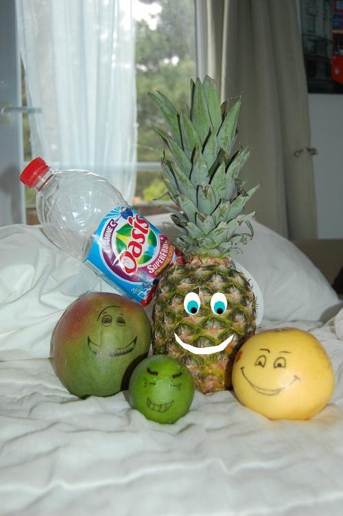 Pour la Team des oasis fruit band Oasisf10
