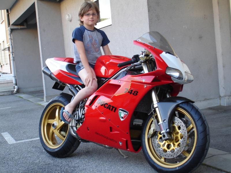 Y a-t-il des motards ici ? - Page 37 Photo210