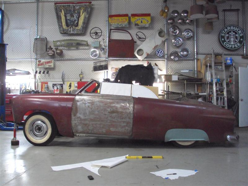 Plymouth '54 La LIMACE ECRASEE by BARE METAL GARAGE - Page 2 Garage10