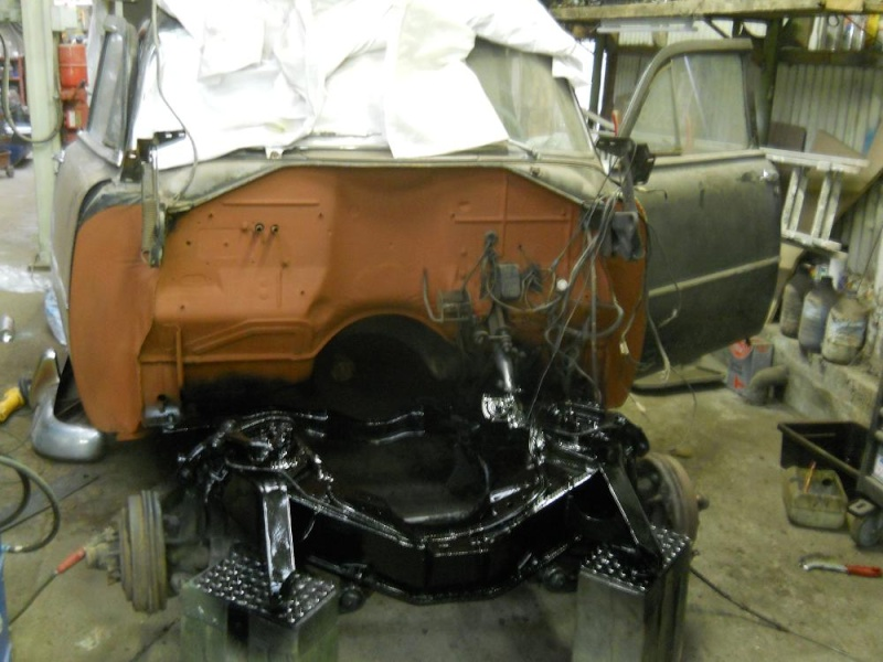 Plymouth '54 La LIMACE ECRASEE by BARE METAL GARAGE - Page 2 Plymou15