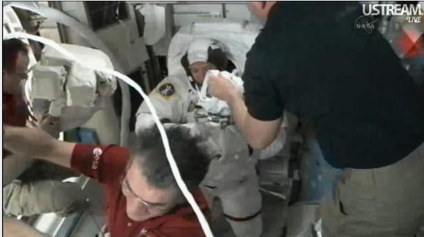 [STS-134] Endeavour: Déroulement de la mission.   - Page 4 Prepa-11