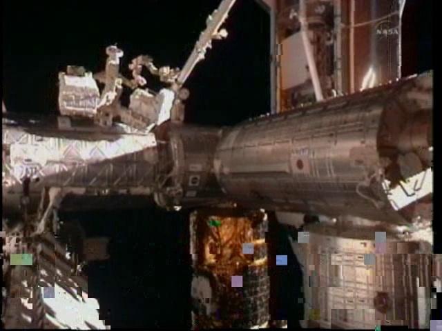 [STS-133] Discovery: Déroulement de la mission. - Page 2 Vlcsna20
