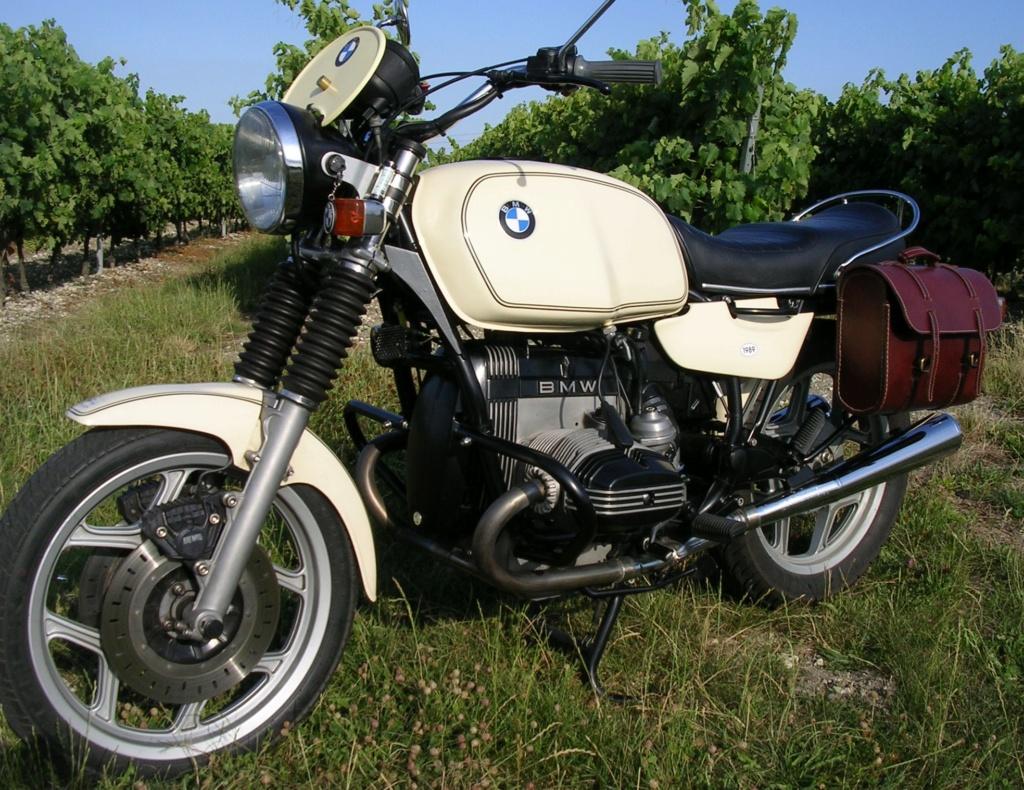 BMW R 100 RT1 un peu modifiée Dscn4413