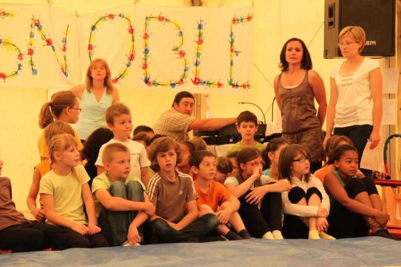 cirque - Le Cirque Du Vignoble à Wangen le samedi 25 juin 2011 à 10h30 01610