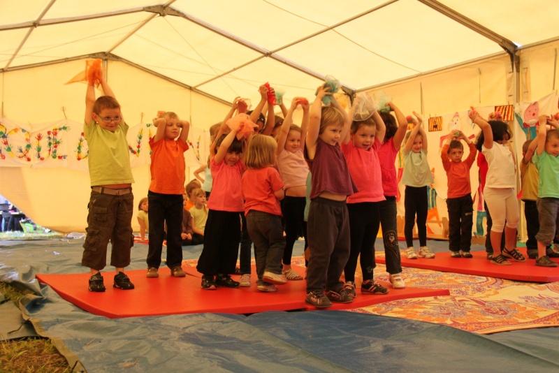 cirque - Le Cirque Du Vignoble à Wangen le samedi 25 juin 2011 à 10h30 01710