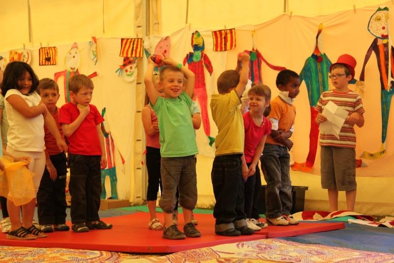 cirque - Le Cirque Du Vignoble à Wangen le samedi 25 juin 2011 à 10h30 01910