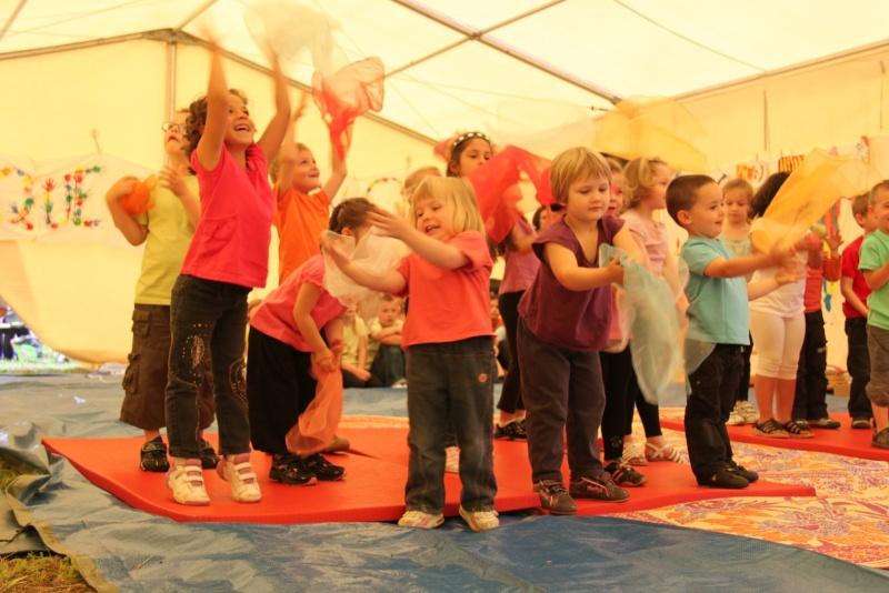 cirque - Le Cirque Du Vignoble à Wangen le samedi 25 juin 2011 à 10h30 02110