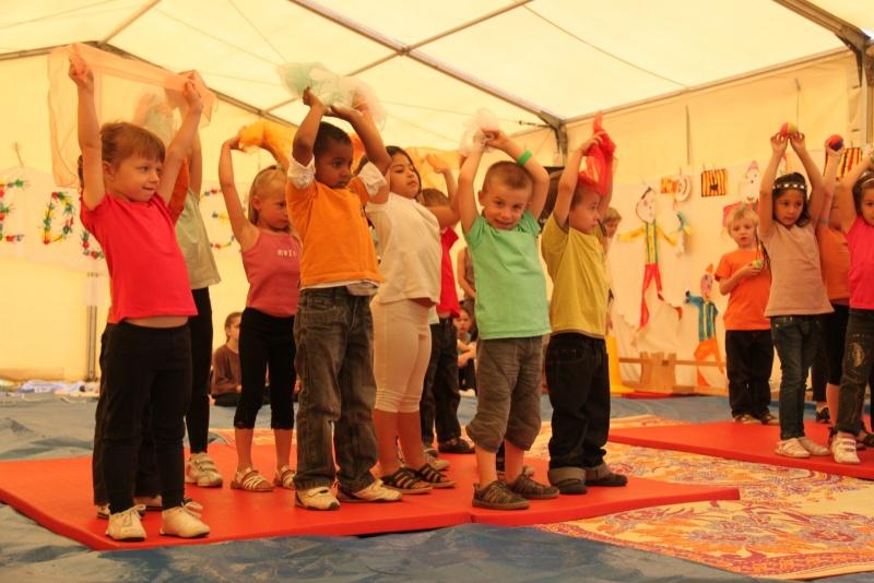 cirque - Le Cirque Du Vignoble à Wangen le samedi 25 juin 2011 à 10h30 02810