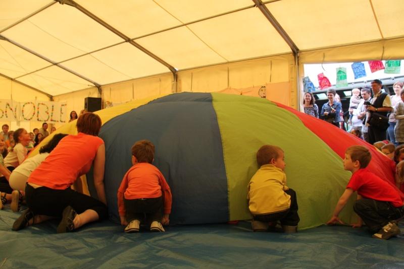 cirque - Le Cirque Du Vignoble à Wangen le samedi 25 juin 2011 à 10h30 04210