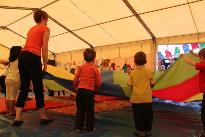 cirque - Le Cirque Du Vignoble à Wangen le samedi 25 juin 2011 à 10h30 04410