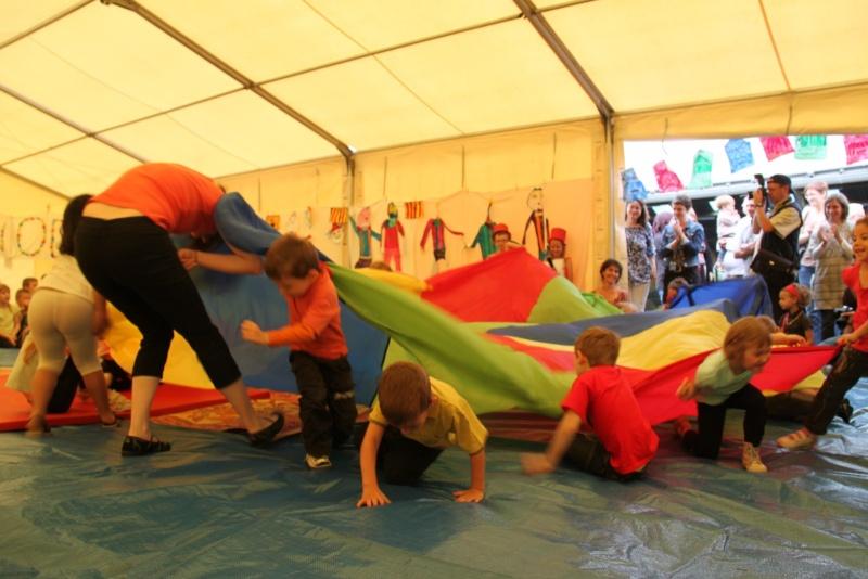 cirque - Le Cirque Du Vignoble à Wangen le samedi 25 juin 2011 à 10h30 04910