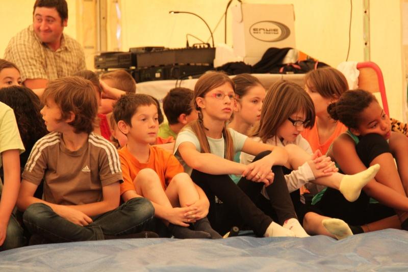 cirque - Le Cirque Du Vignoble à Wangen le samedi 25 juin 2011 à 10h30 08110