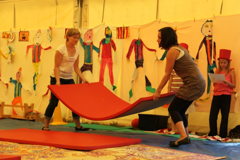 cirque - Le Cirque Du Vignoble à Wangen le samedi 25 juin 2011 à 10h30 11110
