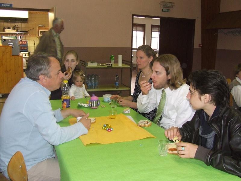 Fêtons Pâques Ensemble,Paroisses catholique et protestante de Wangen,dimanche 24 avril 2011 à 7h. Dscf5813