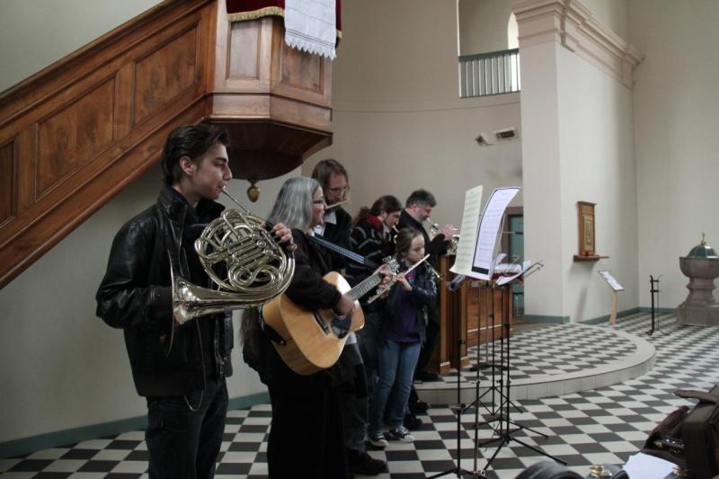 Fêtons Pâques Ensemble,Paroisses catholique et protestante de Wangen,dimanche 24 avril 2011 à 7h. Img_3146