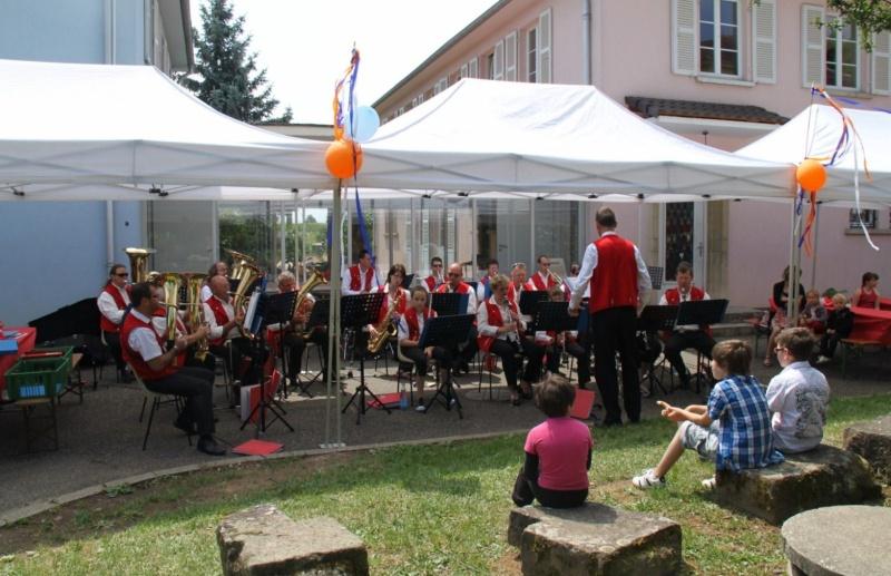 Fête du Freihof à Wangen le jeudi 2 juin 2011...sous le soleil! Img_3640