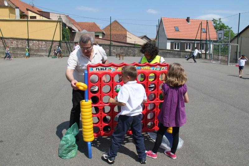 freihof - Fête du Freihof à Wangen le jeudi 2 juin 2011...sous le soleil! Img_3730