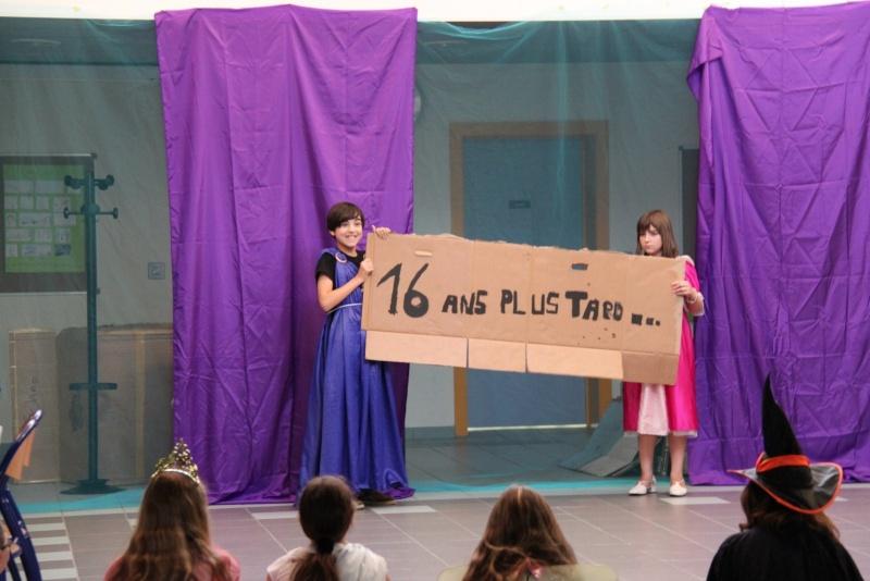 L'atelier théâtre du collège Gréoire de Tours de Marlenheim vous présente Oedipe  schlac schlac le jeudi 23 juin 2011à 20h30 Img_4920