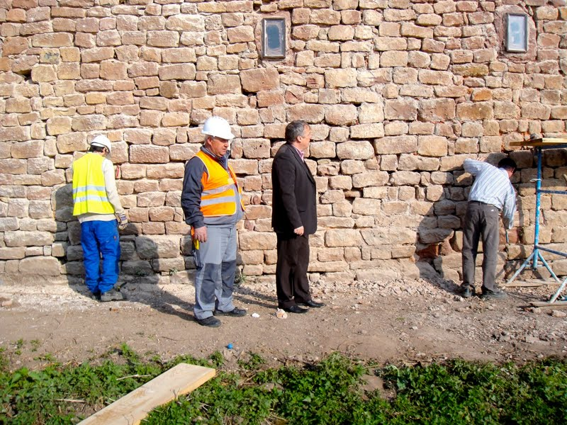 Chantier d'insertion pour la restauration du mur d'enceinte de Wangen Talach10