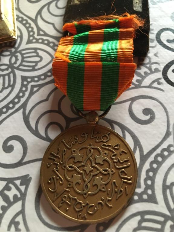Trouvaille du jour dont une médaille pas courante ... 04700b10