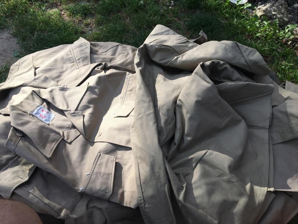 Une cantine retrouvée en dechetterie  17823d10