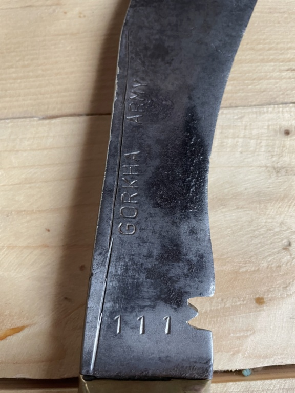 Couteau gorkha  92503c10
