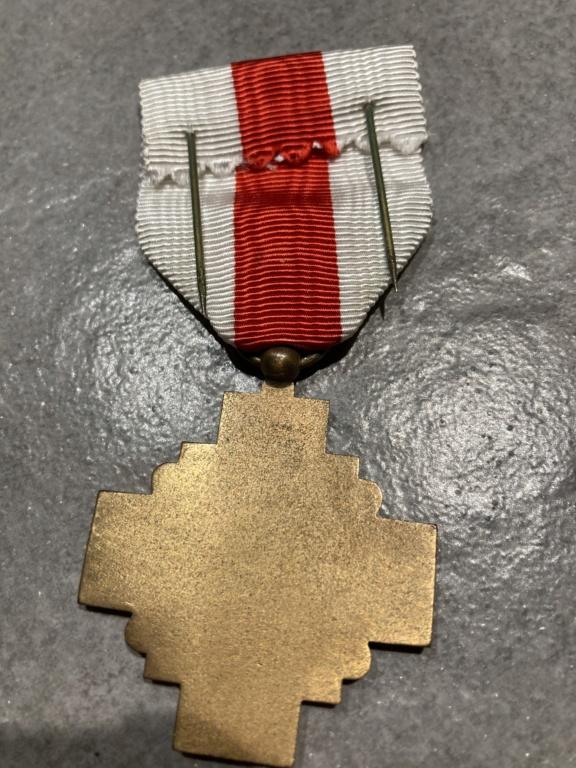 Médaille de La Croix rouge  Fa32fb10