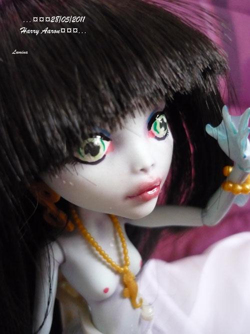 [monster High]Poupées de poupée p5  03/05 P1070644