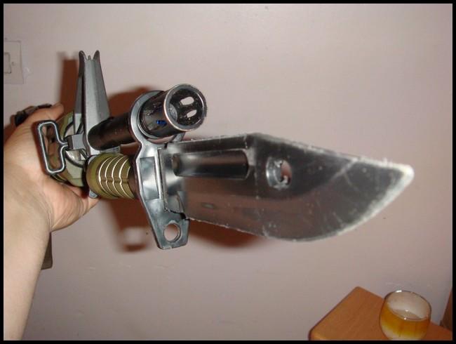 baïonnette M9 avec fourreau Dsc03016