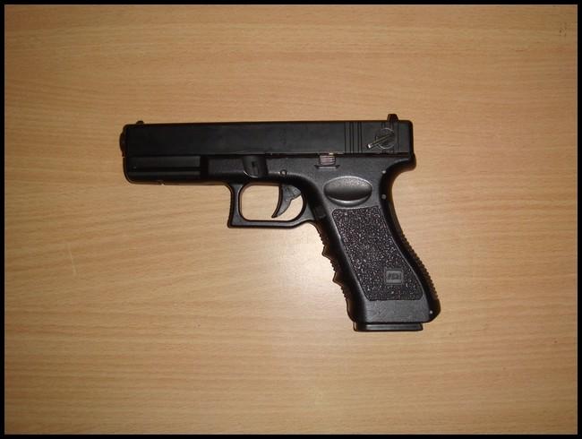 glock18c cyma Dsc03017