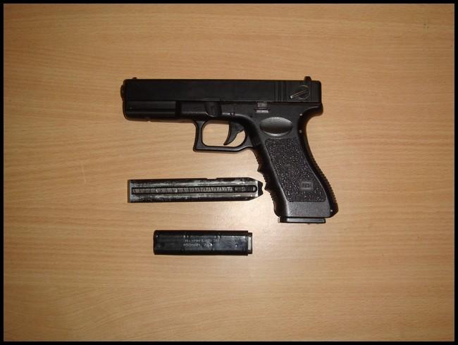glock18c cyma Dsc03018