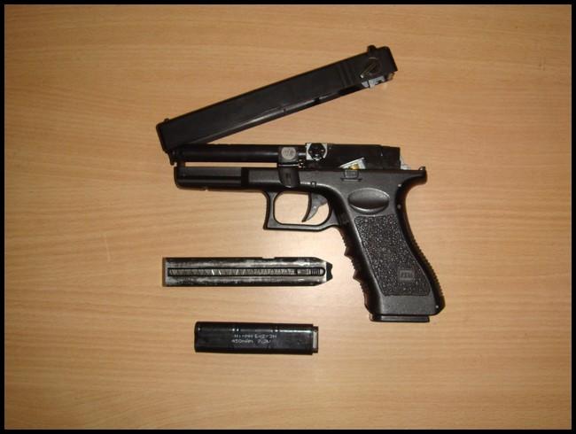 glock18c cyma Dsc03019