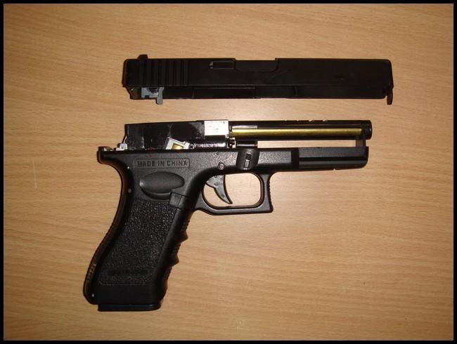 glock18c cyma Dsc03021