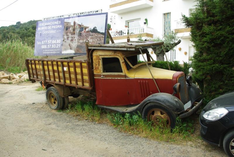 Camión Chevrolet ruinoso de antes de la Guerra Civil de 1936. Imgp0911
