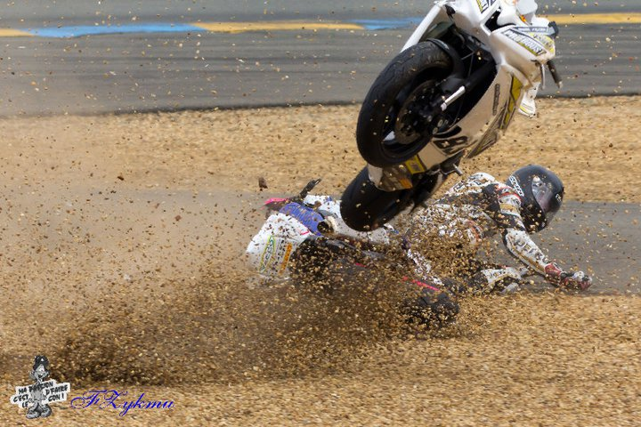 [FSBK] Le Mans, 27 mars 2011 - Page 8 19751111