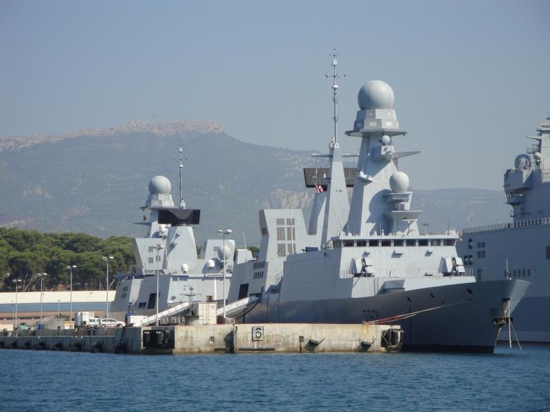 [Les Ports Militaires de Métropole] Visite de la rade de Toulon Dsc01718