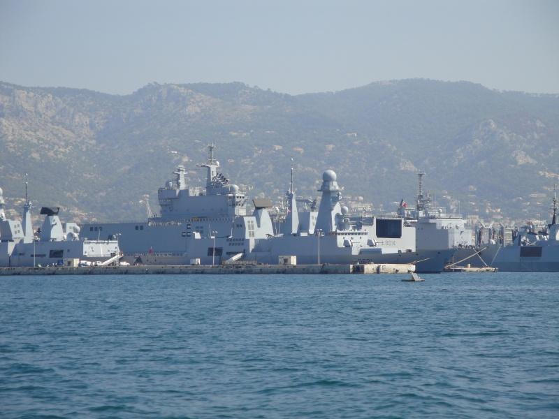 [Les Ports Militaires de Métropole] Visite de la rade de Toulon Dsc01811