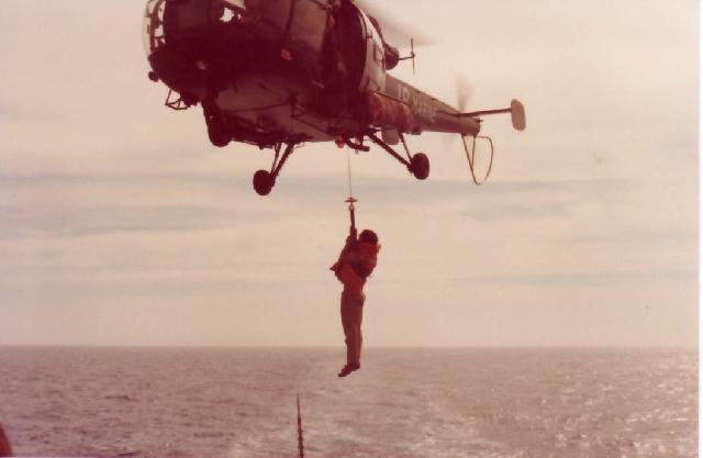 [Aéronavale divers] Alouette 3 - Page 5 Helit-10