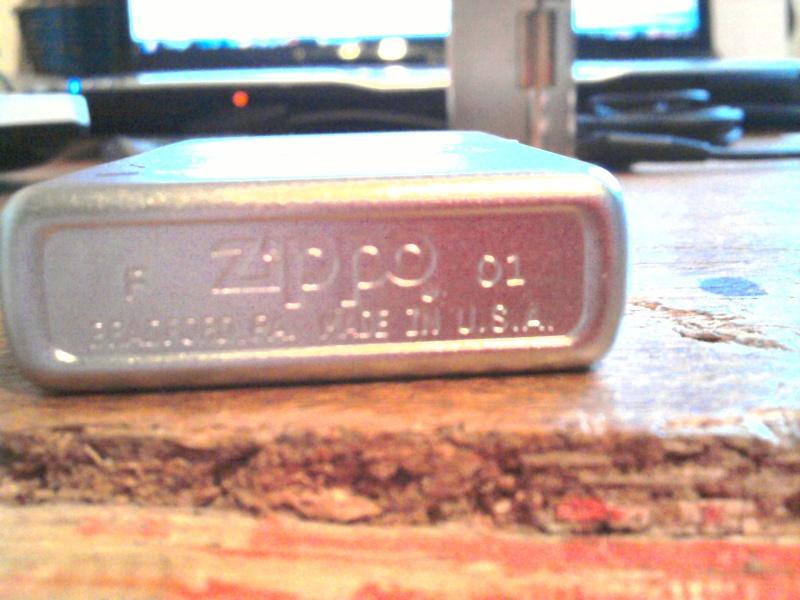 faux - vraie ou faux zippo 2010-011