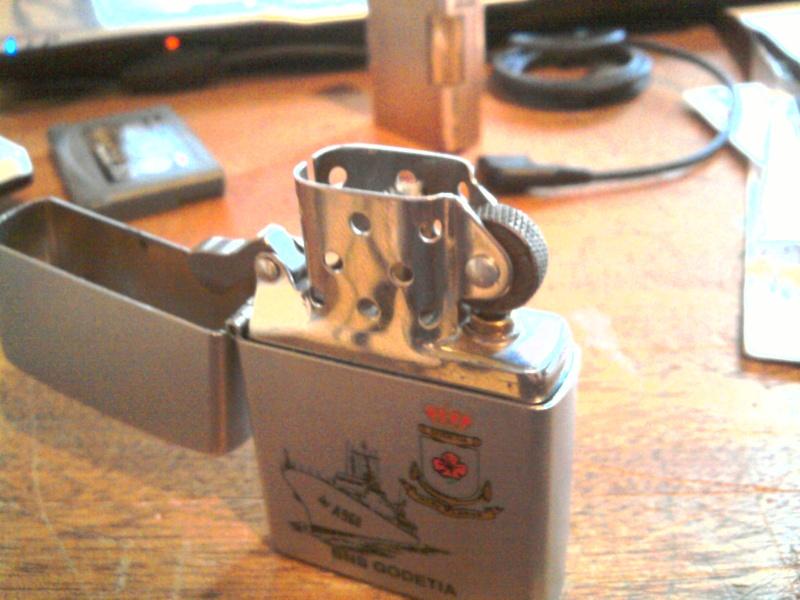 faux - vraie ou faux zippo 2010-012