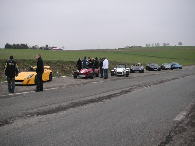 Le topic des belles voitures - Page 2 Pict0010
